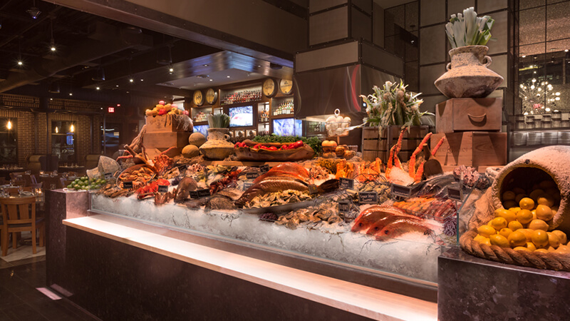 Willie G's Seafood - Fresh Seafood Display